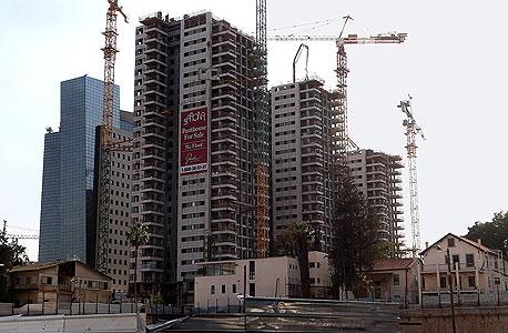 """דירות בבנייה. אוקטובר סוער בענף הנדל""""ן, צילום: יריב כץ"""