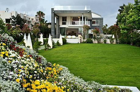 הבית מבחוץ, צילום: אלון דנין, סוכנות גלי תכלת