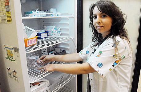 פנאי חיסוני הפוליו. בדרום אחות קופת חולים באר שבע