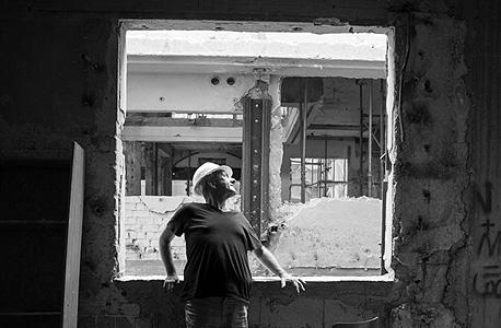 האדריכל אמנון בר-אור באתר השימור