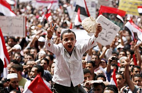 """מצרים, 2011: בר-ים: """"יש מקרים שבהם העולם נהיה יותר פשוט להבנה"""""""