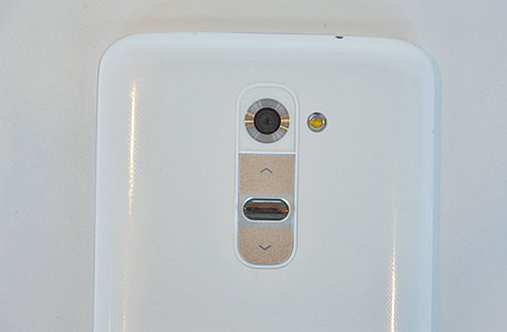 LG G2 סמארטפון, צילום: רפאל קאהאן
