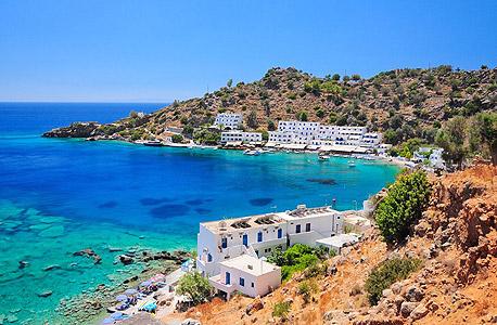 איי יוון - עדיין חם, אבל הרבה פחות צפוף ויותר זול