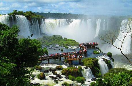 מפלי איגואסו בברזיל