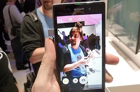 המסך איכותי לפחות כמו קודמו. הוא אחד הטובים ביותר מסוגו., צילום: עומר כביר
