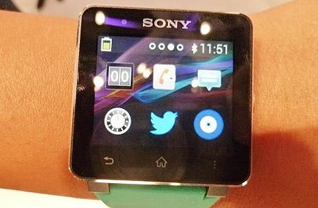 שעון סוני - smartwatch, צילום: עומר כביר
