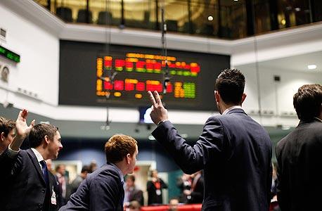הבורסה בלונדון , צילום: בלומברג