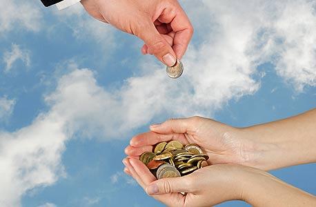 מעסיקים מעדיפים להסתמך על בונוסים במקום להעלות שכר, צילום: שאטרסטוק