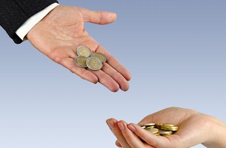 מי משלם למי?, צילום: שאטרסטוק