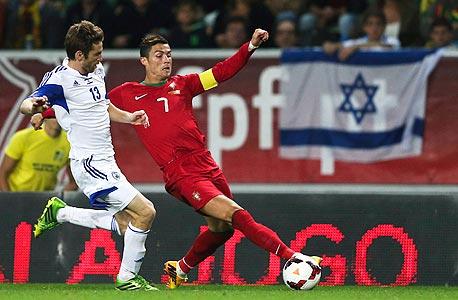 כריסטיאנו רונלדו נגד ישראל. כשצריך לנצח הנבחרת נחנקת, צילום: אי פי איי