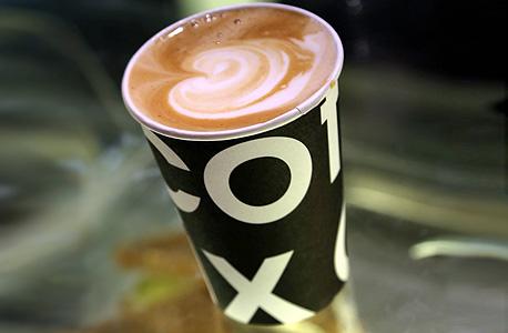 קופיקס כוס קפה cofix, צילטם: יריב כץ