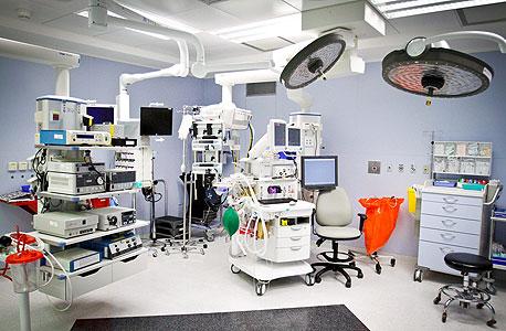 חדר ניתוח בבית חולים שערי צדק בירושלים