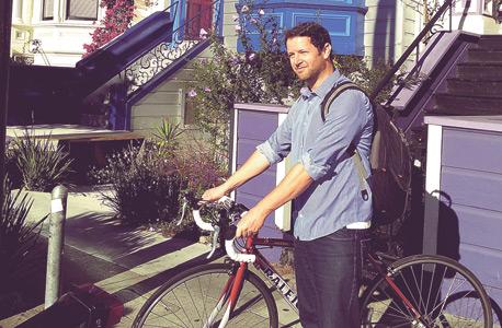 אופני הראלי ששכרתי בזול מעובדת ההייטק שידומה לוזאדה כדי להסתובב בעיר. כל יום מתבצעות ברשת 1,500 השכרות אופניים בין אנשים פרטיים