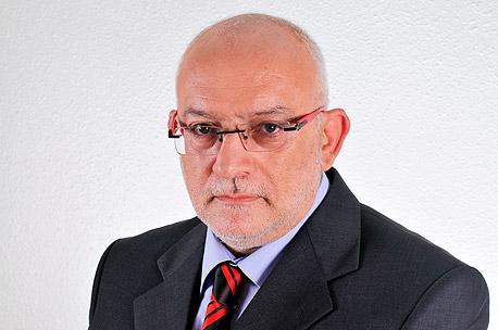 """מנכ""""ל רשות השידור יוני בן מנחם. סירב לשתף פעולה עם ועדת האיתור"""
