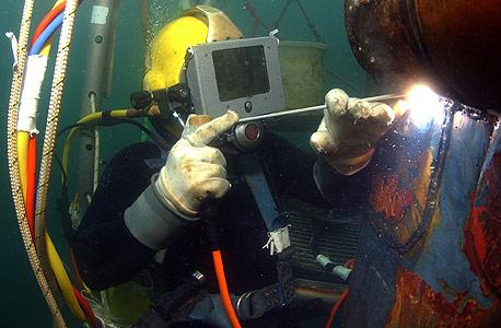 רתך תת ימי, יכול להגיע לשכר של 1,500 שקל ליום