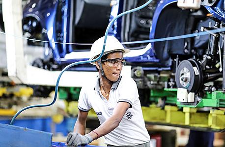 """מפעל רנו־ניסאן בצ'נאי, הודו. """"למה להשקיע במפעלים, כשאפשר לשכור עובדים במזרח בחמישית מחיר?"""""""