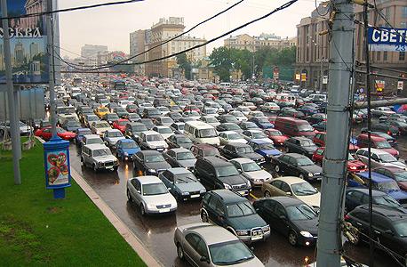 הערכות: האטה בשוק הרכב הרוסי תפעל לטובת היבואנים הישראלים