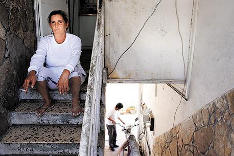 """רחל טייב, משלמת 2,500 שקל בחודש לדירת חדר בשכונת התקווה, מקבלת סיוע של 740 שקל בחודש: """"ב־30 שנה עברתי 30 דירות. אין לי כבר מה להפסיד. אני אהיה ברחוב בקרוב"""""""