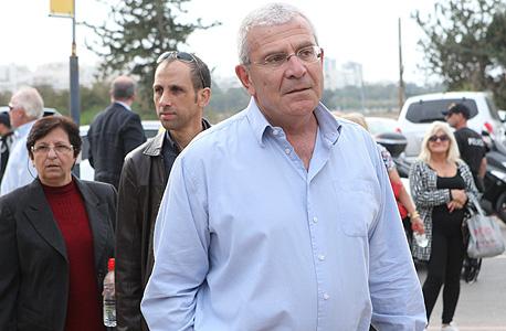 אלי יונס בהלווית דב לאוטמן, צילום: עמית שעל