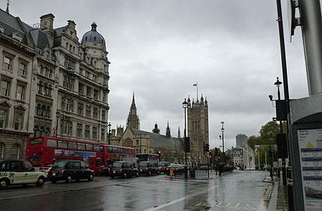 על הכוונת. הפרלמנט הבריטי