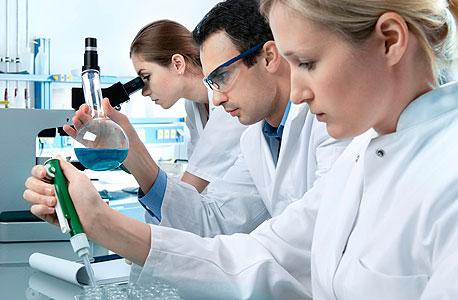 """20% מבעלי הדוקטורט במדעים מדוייקים שהו בחו""""ל למעלה משלוש שנים"""