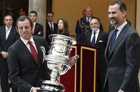 סנדרו רוסיי (משמאל). התעקש ששילם רק 57 מיליון יורו עבור ניימאר, צילום: אי פי איי
