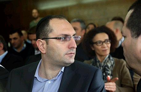 מוטי בן משה דיון הכרעה אי די בי, צילום: מוטי קמחי, ynet