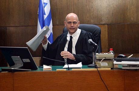 השלמת הסדר אי.די.בי: השופט אורנשטיין עשוי להסיר את המחסום האחרון