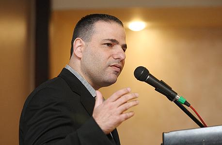 ראש לשכת עורכי הדין, דורון ברזילי. טרם נקב במועד שבו יחודש המשוב, צילום: עמית שעל