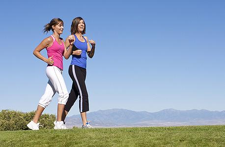 הליכה היא פעילות גופנית שיש המברכים עליה מבחינה רפואית