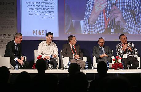 המשתתפים בפאנל בריאות. מימין: זאב וורמברנד, רוני גמזו, רפי ביאר ומשה בר סימן טוב, צילום: נמרוד גליקמן