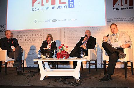 ועידת התחזיות 2014 פאנל עסקים קטנים עמיר קורץ בריאות מימין איציק אברכהן איריס בראל אבי כץ, צילום: ענר גרין