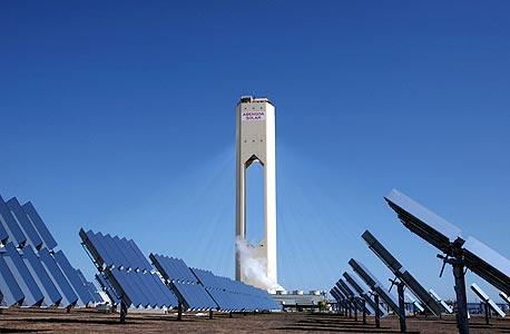 מתקני אנרגיה סולארית. הקלינטק נעצר