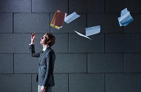 התפטרות, אנשים נשארים במקומות עבודה על אף סימנים ברורים שהגיע הזמן לעזוב, צילום: שאטרסטוק