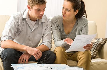 בגידות פיננסיות נפוצות יותר מבגידות רומנטיות