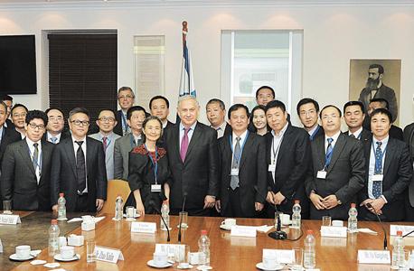 """ראש הממשלה בנימין נתניהו נפגש עם אנשי עסקים מסין, צילום: קובי גדעון, לע""""מ"""