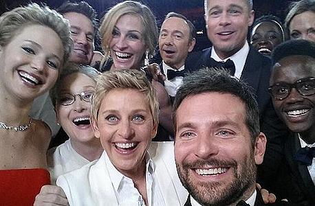 אלן דג'נרס בסלפי יחד עם עשרה כוכבי קולנוע הפך לתמונה ששותפה הכי הרבה פעמים בטוויטר