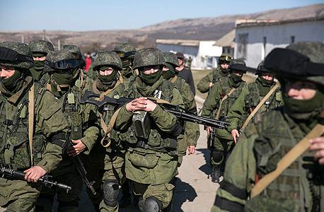 מיליציות רוסיות באוקראינה, צילום: רויטרס