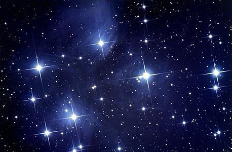 כוכבים בשמיים