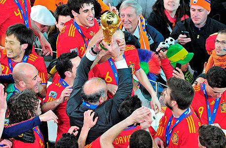 נבחרת ספרד בזמנים שמחים יותר, צילום: Anthony Stanley
