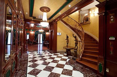בית למכירה אלכסנדר רובט מנהטן