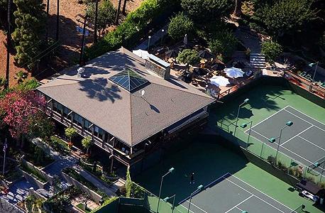 רכש את מועדון הטניס של מליבו תמורת 6.9 מיליון דולר
