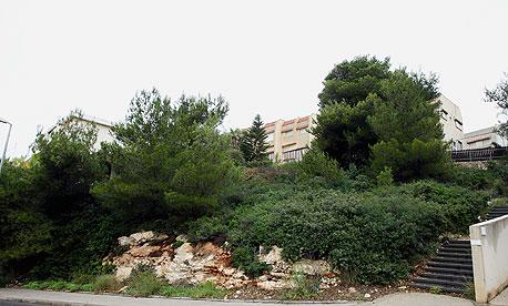 השטח שברמת גולדה בחיפה. משועבד לבנק