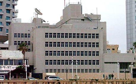 """שגרירות ארה""""ב בתל אביב. המעבר לירושלים מחייב שינוי בתוכנית המתאר, צילום: עומר הכהן"""