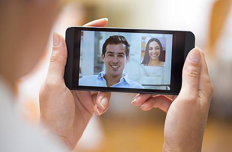 וידאו צ'ט שיחה פלאפון, צילום: שאטרסוק