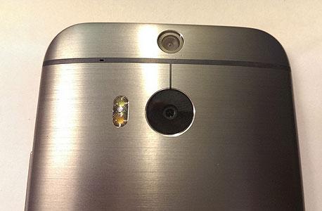תצורת המצלמה הכפולה של ה-M8
