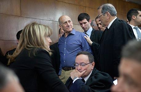 """עו""""ד אלי זהר אהוד אולמרט בית משפט, צילום: תומר אפלבוים"""