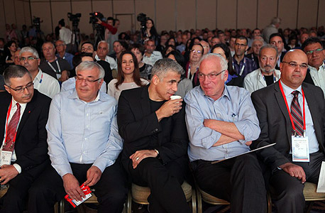 """ועידת הנדל""""ן 2014 מימין דודו זקן אורי אריאל יאיר לפיד , צילום: עמית שעל"""