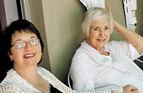 2004. דרום אפריקה, עם אמא במפגש משפחתי בחג המולד