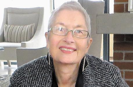 """ד""""ר גרדה סאונדרס (64), חוקרת ספרות ומגדר שהיגרה מדרום אפריקה לארצות הברית. בעבר ראש התוכנית ללימודי מגדר באוניברסיטת יוטה ומחברת הספר """"Blessings on the Sheep Dog"""""""